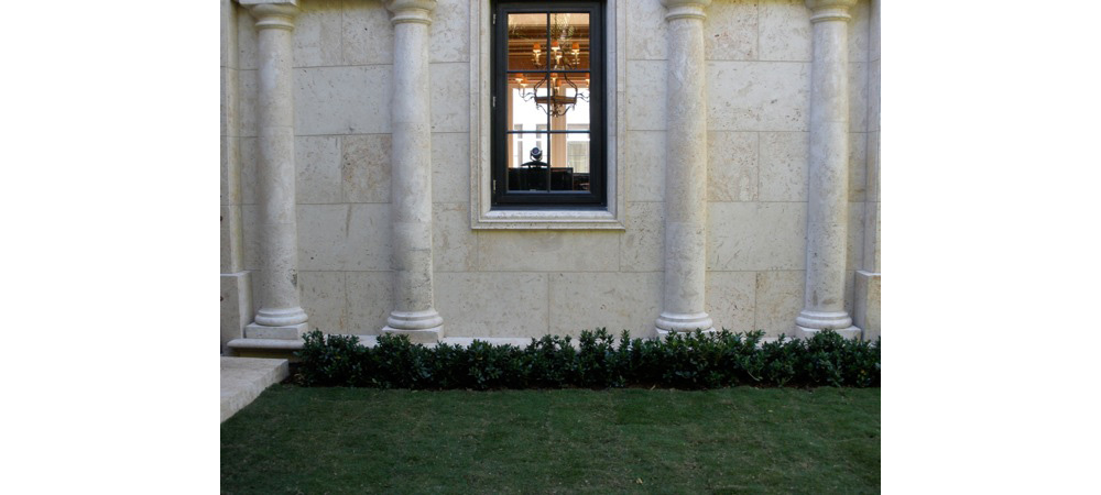 Palm Beach Cast Stone, Inc., West Palm Beach, Florida - Coral and Natural Stone products including Dominican Coral, Coquina and Keystone
